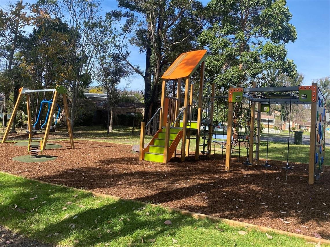 Hoylake Playground IMG_3157 medium.jpg